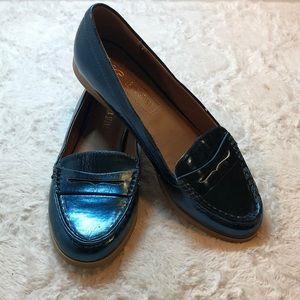 Leila stone Eina blue-green metallic loafers9